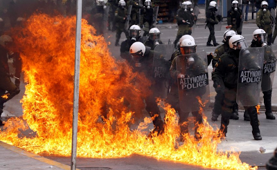 Greece Burning4